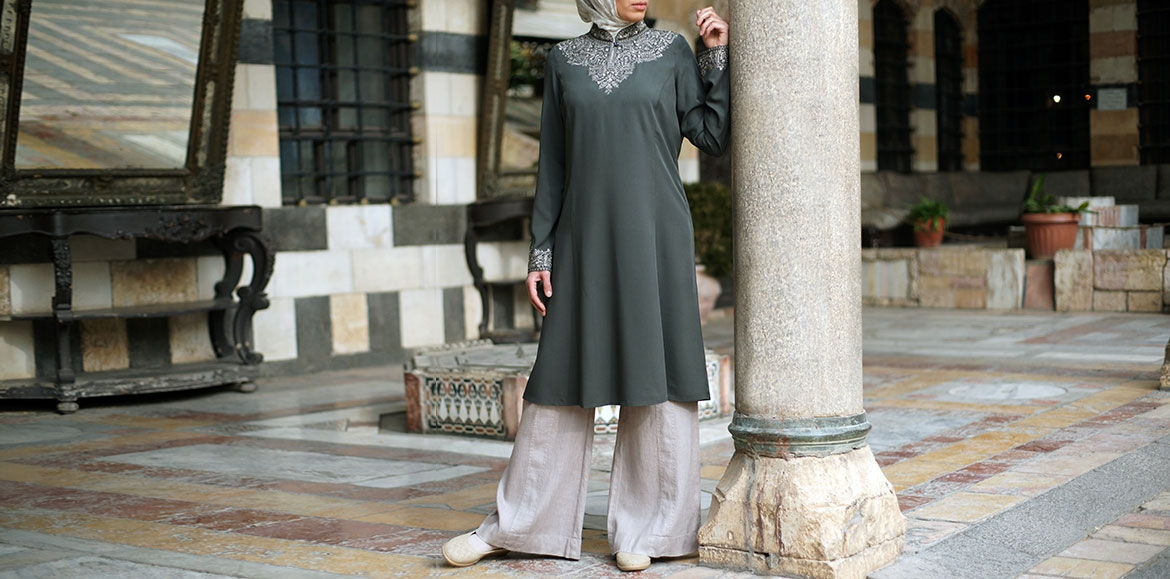 yasmin-embroidered-tunic
